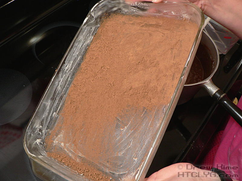 how to get a stuck cake out of a pan